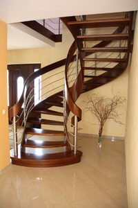 Stairs with curved elements